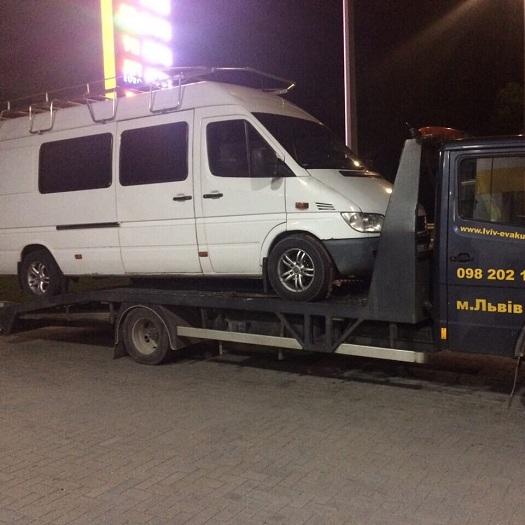 Перевезення (евакуація) мікроавтобусів